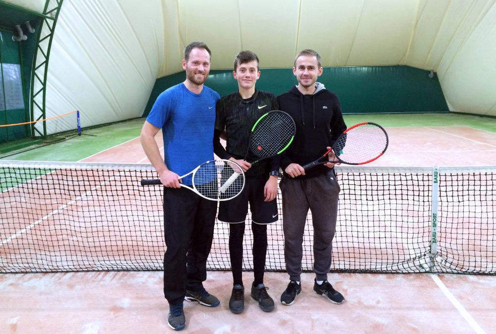 Jasza Szajrych na konsultacji w szkole tenisa Godlewskiego
